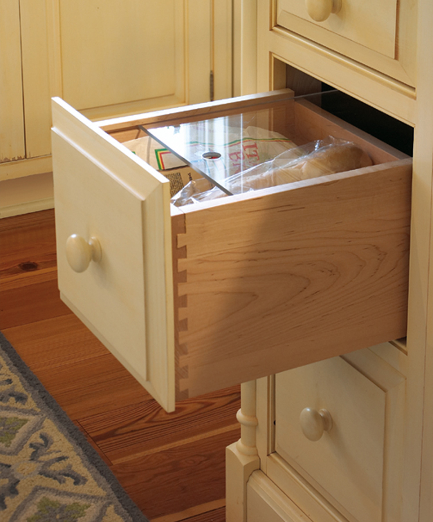 Drawers Instead Of Kitchen Cabinets: Kitchen Cabinet Accessories