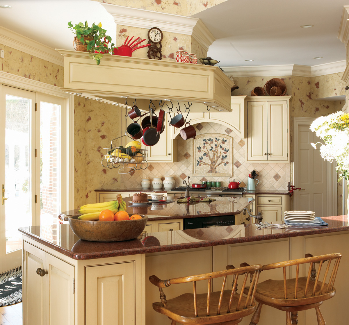 Small French Country Kitchens 1200 x 1118