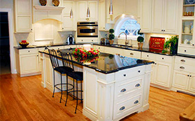 Classic Kitchen Cabinets with Muted Sophistication