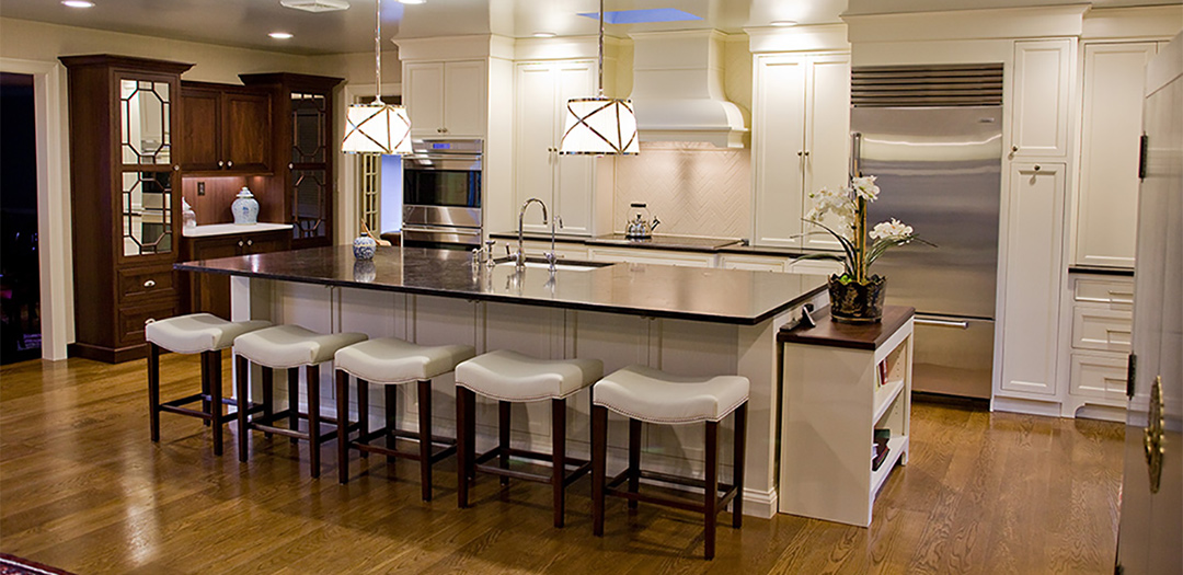 Traditional Kitchen Gathering Place