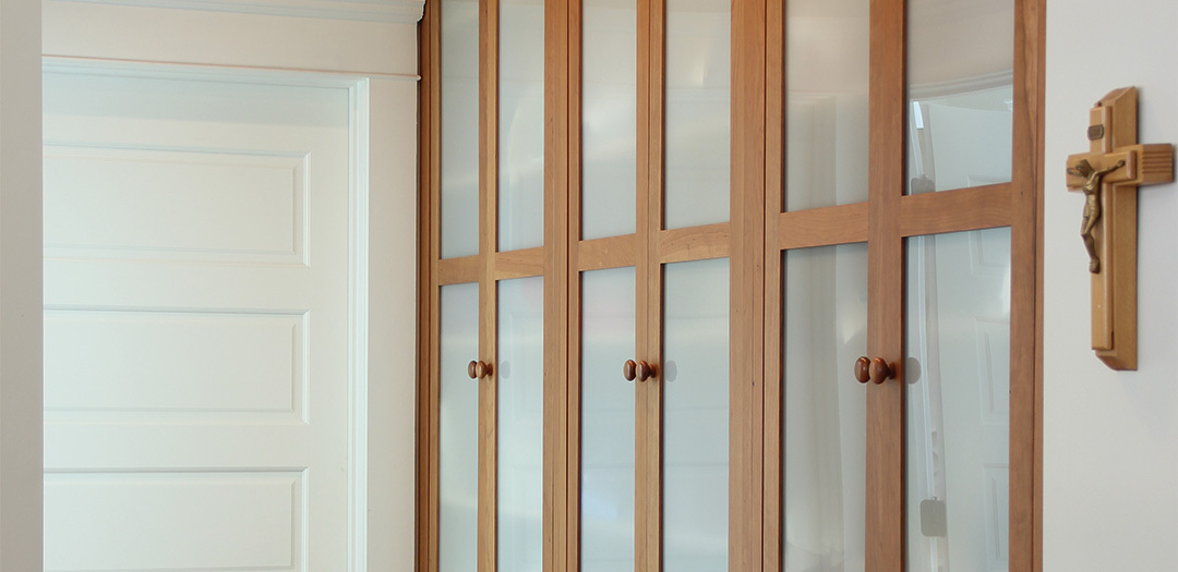 Built-in Custom Cabinets for the Bedroom
