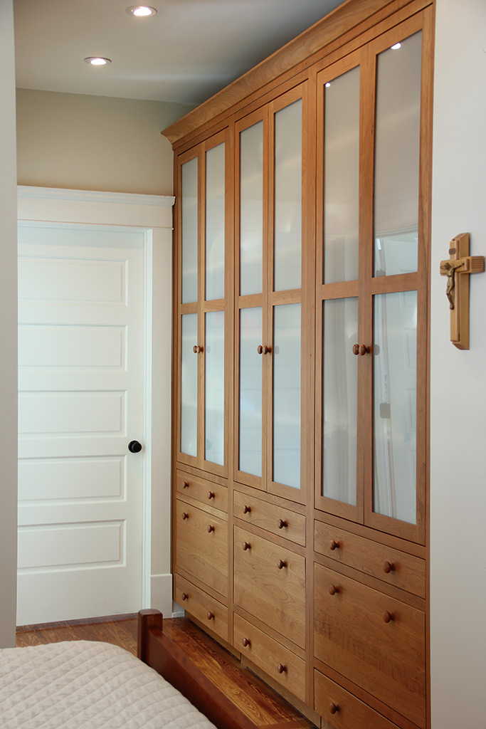 Built in custom cabinets for the bedroom plain fancy - Beautiful bedroom built in cupboards ...