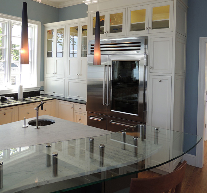 Plain Kitchen Cabinets: Contemporary Cabinets With Classic Bent Plain & Fancy