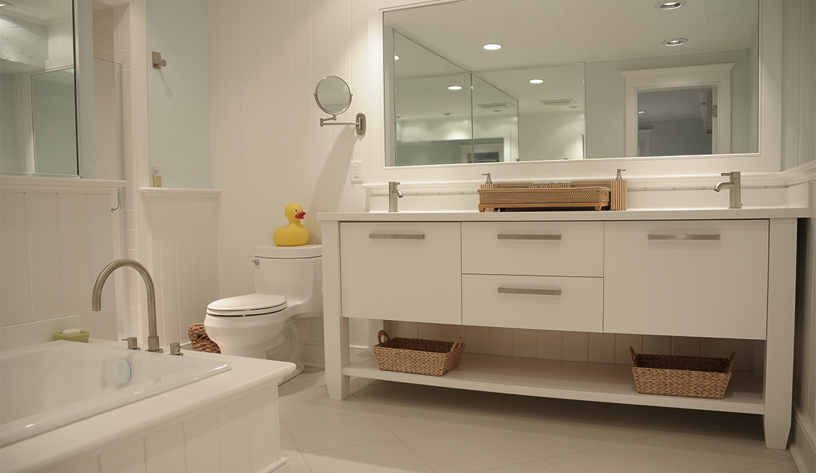 Fanciest Bathroom: White Bathroom Cabinets Create Clean Lines