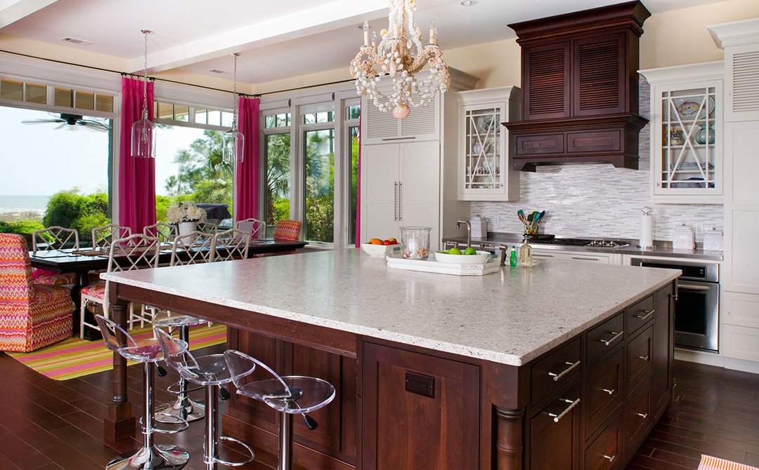 a massive island in the great for both entertaining and meal preparation  arts  u0026 crafts kitchen paradise arts  u0026 crafts kitchen paradise plain  u0026 fancy cabinetry  rh   plainfancycabinetry com