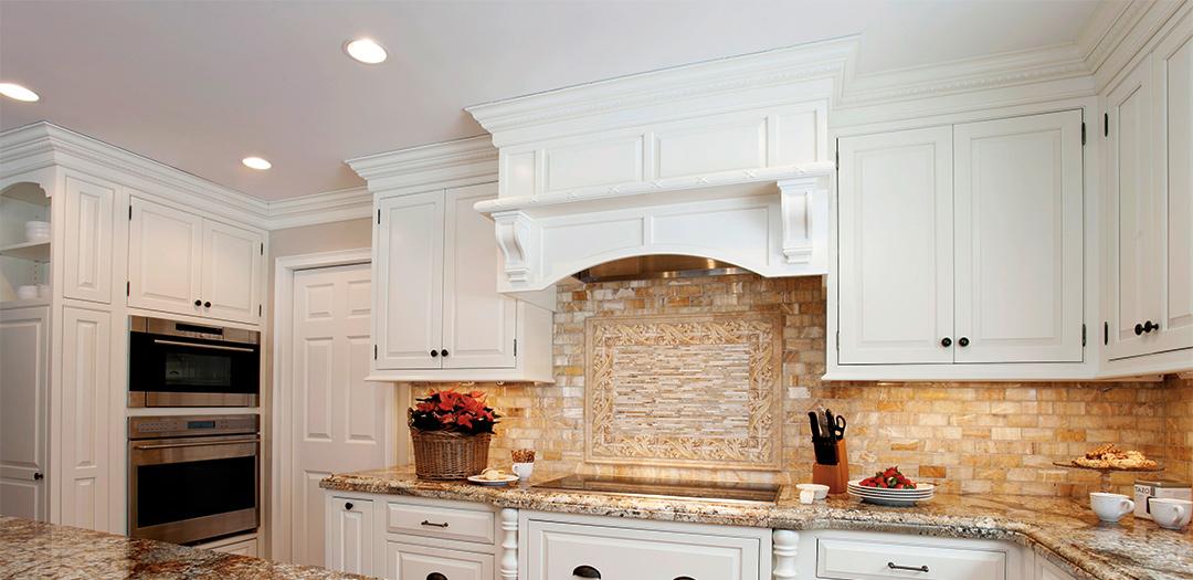 Classic White Traditional Kitchen