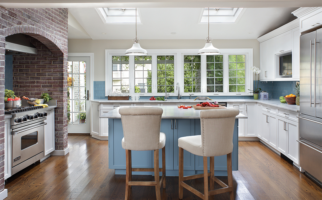 This Transitional Kitchen Features Full Overlay Cabinets With A Vogue Style  Door