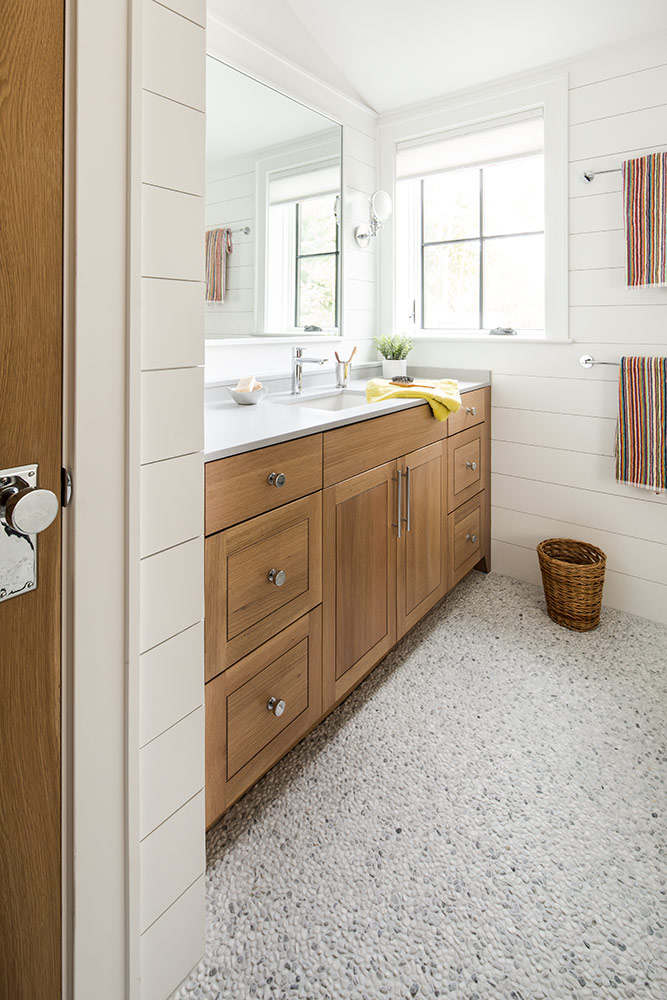 Quarter Sawn White Oak Bathroom Cabinets